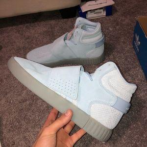 adidas Shoes - Adidas tubular strap